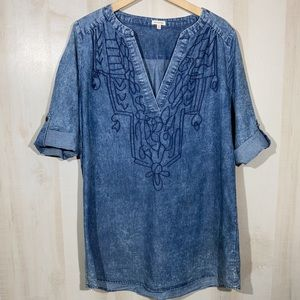 EN CREME Stonewashed Denim Embroidered Tunic Top